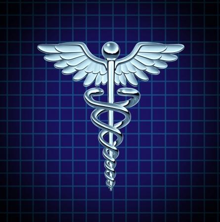 caduceo: Caduceo de salud de atenci�n m�dica s�mbolo e icono como un concepto de medicina con las serpientes que se arrastran en un poste con alas en una textura de metal de cromo sobre un fondo gr�fico de negro