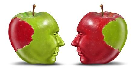 educacion sexual: En pie de igualdad y el concepto de relaci�n de negocios con una manzana verde y rojo en forma de una cabeza humana con una mordida tranplanted de una persona a otra como un s�mbolo de la cooperaci�n y el intercambio de ideas