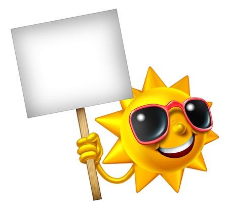 soleil souriant: Fun in the mascotte dim. isol� tenant un signe blanc comme un �t� chaud de trois caract�res de dessin anim� dimensions pour des vacances d�tente soleil et de la publicit� ou de communication de d�tente de vacances