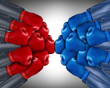 guantes de boxeo: Competencia del Grupo listo para una pelea biusiness con una red de personas corporativas con guantes de boxeo rojos y azules que compiten juntos en el mercado abierto utilizando la estrategia y la planificaci�n para ganar Foto de archivo