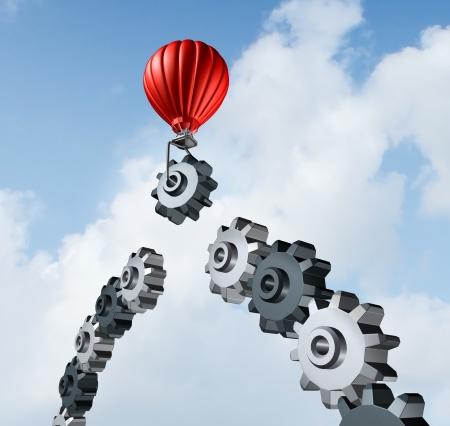 la union hace la fuerza: La construcci�n de puentes de negocios con un globo de aire caliente rojo levantando una marcha hasta el cielo para construir y completar una cadena de puente de engranajes conectados entre s� como resultado de la estrategia y la planificaci�n para el �xito