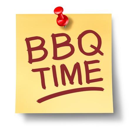 barbecue: Barbecue note du Bureau disant heure barbecue sur un fond blanc avec une punaise rouge comme une activit� de loisirs symbole de la cuisson de la viande sur un gril chaud pour une f�te en plein air ou en famille d'�t� se r�unissent