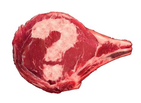 monella: Preguntas Carne concepto de alimentos como un filete de carne cruda con un signo de interrogaci�n en forma de la grasa marbelised que representa la confusi�n de los consumidores en lo que respecta a la seguridad de los alimentos que nos llevamos a casa del carnicero