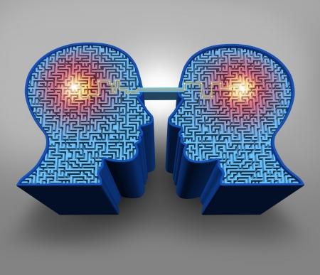 knowledge: Teamwork-L�sungen Business-Konzept mit einer Gruppe von dreidimensionalen menschlichen Kopf f�rmigen Labyrinth oder Labyrinth-R�tsel mit einem angeschlossenen leuchtende Linie der Kommunikation zwischen den Partnern als Symbol der Team-Erfolg