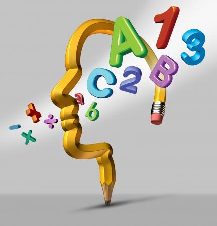 simbolos matematicos: El aprendizaje y la escuela de educación concepto con un lápiz de color amarillo en la forma de una cabeza humana con lectura y matemáticas símbolos que fluyen a través de la zona del cerebro como un icono del desarrollo intellligent creativo y logros de los estudiantes