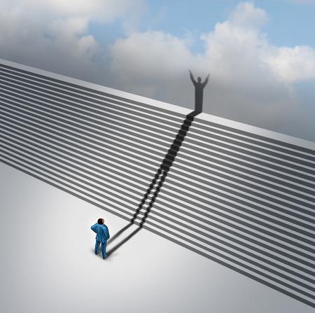 climbing stairs: Salendo concetto scala scale come un'ombra da un uomo d'affari sale la scala del successo simbolo scala come metafora aspirazioni di business per muoversi attraverso la visione di fede e pensiero positivo