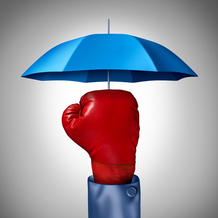 fend: Tutela della concorrenza concetto di business con un guanto rosso boxe da un uomo d'affari con un ombrello blu simbolo di protezione a salvaguardia della difesa e del buffer per il rischio e di incertezza finanziaria
