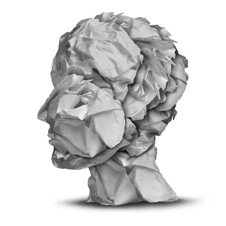 mente humana: La frustración humana y el concepto de estrés de negocios como una cabeza hecha de papel de oficina blanco arrugado y aplastado como una metáfora de la crisis emocional