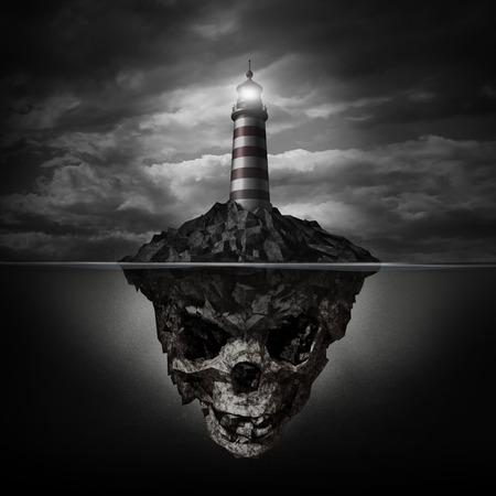 부정직과 속임수에 대한 은유로 어두운 배경에 수중 인간의 두개골 같은 모양의 바위 섬에 빛나는 등대 표지 위험한 조언과 나쁜 방향 개념 스톡 콘텐츠