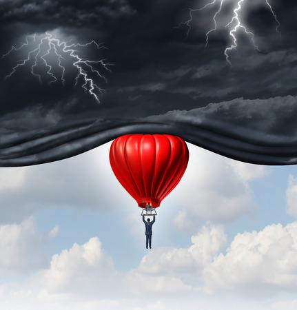 Pozytywne nastawienie i koncepcja odzysku jako osoby lub biznesmen jazda na czerwonym balonem podnoszenia burzliwe niebo ciemne niebezpieczne, odsłaniając jasne ciepłe błękitne niebo jako symbol myślenia zarządzania ekonomicznego lub emocjonalnego postrzegania.