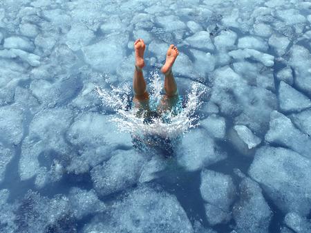 Enfriar y refrescarse concepto como una zambullida en agua con hielo congelado como un símbolo para la gestión de calor clima de verano caliente y refrescante descanso de una ola de calor.