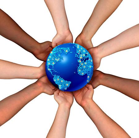 alrededor del mundo: Conexiones globales y el concepto de globalización como una red de negocios de las personas conectadas multiétnicas sosteniendo un mapa mundo planeta para la cooperación a nivel mundial y acuerdo comercial la unidad.