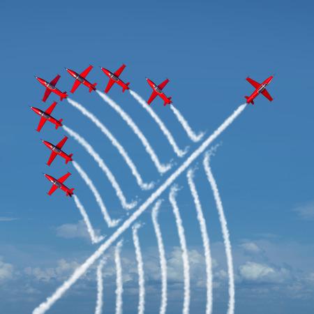 concept: Innovazione dirompente concetto di leadership indipendente e individualità come un gruppo di jet acrobatici con un getto individuale che va nella direzione opposta come un simbolo di business per nuove idee e atteggiamento come un diverso anticonformista anticonformista.