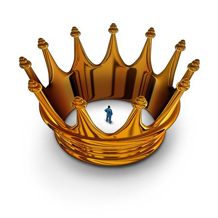 detained: Prisionero Liderazgo concepto de negocio como empresario atrapado y restringido dentro de una corona del rey del oro como una met�fora de tener restricciones de gesti�n y limitado en facultades para hacer mucho.