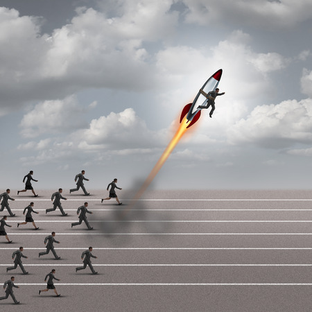 Motivatie concept en carrière boost als een groep mensen uit het bedrijfsleven die op een track met een zakenman op een raket te breken weg van de concurrentie als een succes metafoor voor een game changer leider.