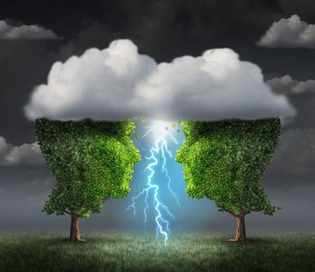 COLABORACION: Chispa de negocios concepto de la idea como dos árboles en forma como cabeza bajo una nube de tormenta crear un rayo de un relámpago como una metáfora del éxito y la unidad simbiótica colaboración creativa.