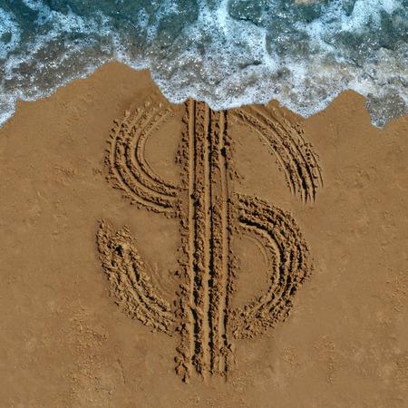 ビーチの中に描かれたお金シンボルの図面として財務上の損失のビジネス コンセプトは、通貨の変更またはフェージング予算と財政のマネーロンダ  写真素材