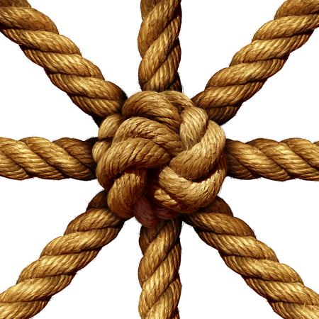 juntos: Conectado conceito de negócio do Grupo e símbolo de unidade como uma coleção de cordas grossas que vêm junto amarrada em um nó no centro como um símbolo para a força da rede e suporte unidade isolada em um fundo branco.