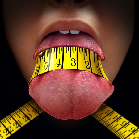 Concepto de restricción de calorías como una cinta métrica envuelto apretado alrededor de una lengua humana como una dieta de ayuno o símbolo dieta para la anorexia o el control de la dieta.