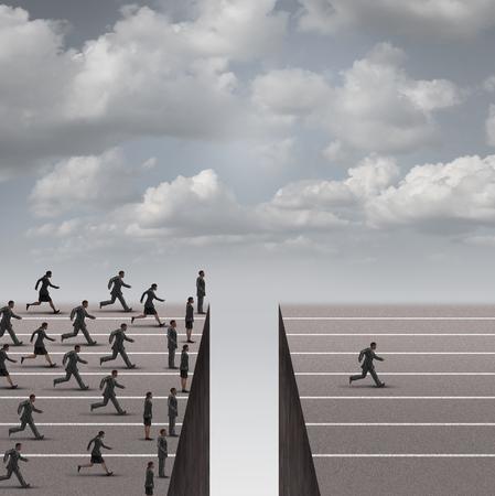 innovación: concepto de negocio de liderazgo solución como un grupo de gente de negocios en marcha, pero bloqueado por un obstáculo agujero profundo y un hombre de negocios individuo resolver el problema y procede a ganarse a la competición como una metáfora de éxito.