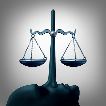 integridad: concepto de falta de honradez legal y acostado concepto de justicia o cometer perjurio símbolo como una escala de la ley están equilibradas por la larga nariz de un mentiroso poco ético hacer declaraciones falsas y mentiras como una metáfora de la corrupción y el fraude o falta de integridad.
