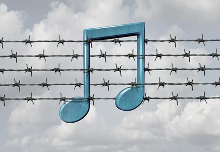 music lyrics: Medios concepto de la censura y el símbolo de la restricción de la música como una nota musical en una púa o púas elemento de cerca de alambre como una metáfora para el control parental o prohibir el arte o la protección de los derechos digitales para el control de contenido de audio. Foto de archivo