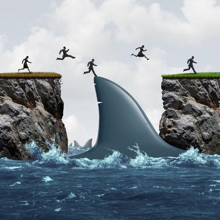 Winst uit risico-business concept als een groep van ondernemers profiteren van uitdagende marktomstandigheden als een zakenman en zakenvrouw springen op een haaienvin als een brug naar succes en kansen metafoor.