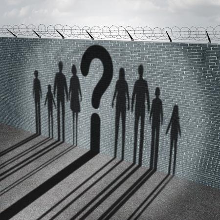 外国人の難民や移行の女性男性のグループの影と不法移民、混乱と危険のシンボルとして疑問符を持つ子どもに関する社会問題の国境の壁としての