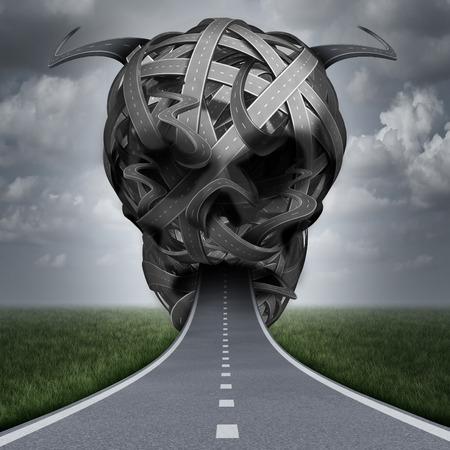 peligro: Peligro carretera exceso de velocidad violación o conducir ebrio y bajo la influencia de drogas o para conciliar el sueño en la carretera como un concepto de seguridad en la calle con una vía con forma de un cráneo humano mal.
