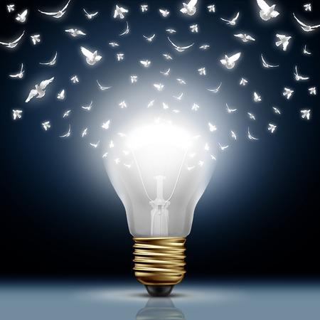 innovativ: Creative-Start-Konzept als heller beleuchteten Glühbirne transformierende auf weißen fliegenden Vögeln als digitale Nachrichten Metapher und Social Media Kreativität und Vertrieb von neuen innovativen Ideen.