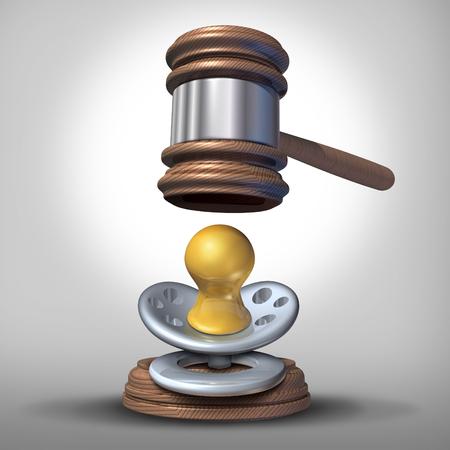 La loi sur l'adoption de bébé et de maternité de substitution ou les questions juridiques de substitution comme un maillet de juge de la justice ou de marteau qui descend sur une sucette pour bébé comme un parent ou de la reproduction ou la fertilité icône de la loi. Banque d'images - 53001398