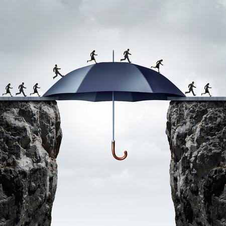 Veiligheid brug concept mensen uit het bedrijfsleven die dwars over twee hoge kliffen met de hulp van een veilige gigantische paraplu overbruggen van de kloof.