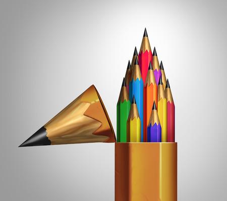 내부 단결과 기업의 다양성 성공을위한 비즈니스 교육 비유로 여러 가지 빛깔의 작은 연필의 팀과 오픈 거대한 연필로 커뮤니티 강도와 다양한 그룹의 스톡 콘텐츠