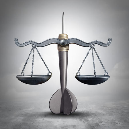 Juridisch doel en advocaat procesgedrag symbool als een gerechtelijke schaal gevormd als een bullseye dart object als een wetgeving of litigatie focus en advocaat pictogram als een 3D-illustratie.
