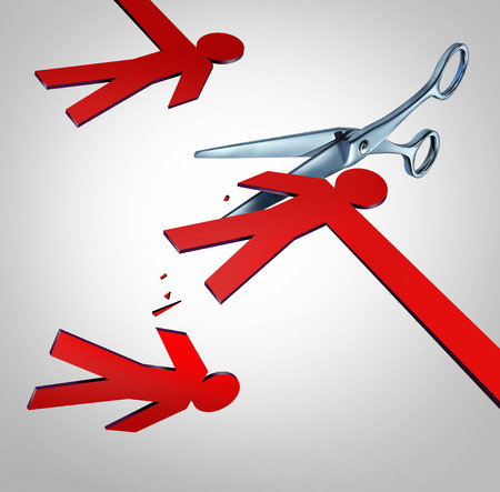 Verlaag het tussenhandelconcept en de efficiëntie-strategie voor bedrijfseconomie als een paar scussors die een tussenpersoon of serviceprovider snijden als een 3D-render. Stockfoto