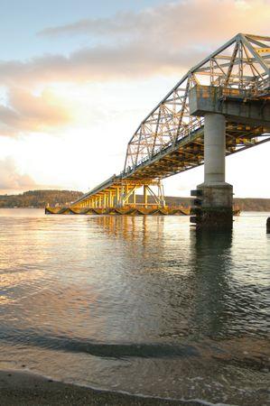 Bridge at sunset Banco de Imagens - 4123202