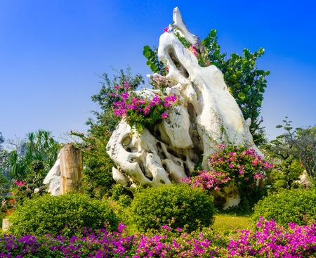 million:  The Million Years Stone Park