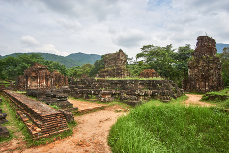 champ: Old reiligous buildings from the Champa empire - cham culture. In my son, near Hoi an, Vietnam. World heritage site Stock Photo