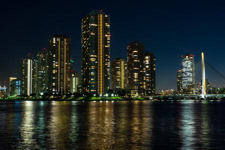 Night view of the Tokyo Bay bank