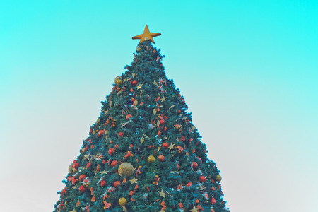 Christmas tree, You can use background