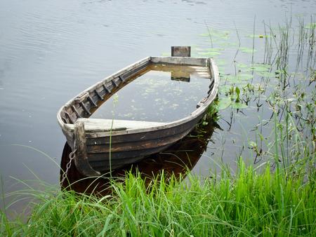 forgotten: Old forgotten boat