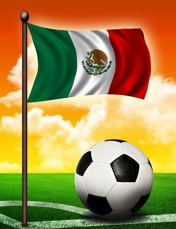 bandera de mexico: Bandera de México y la pelota en el campo de fútbol