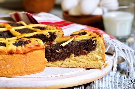 levadura: Makovnik - tradicional pastel de levadura ucraniano y ruso. Foto de archivo