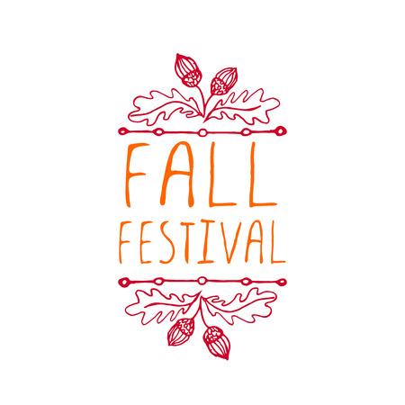 가을 축제. 흰색 배경에 통장으로 손으로 스케치 한 활판 인쇄 요소.