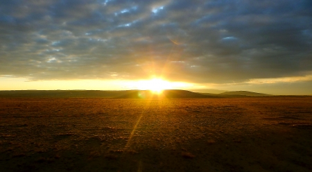 inbetween: sunrise Inbetween sky    land