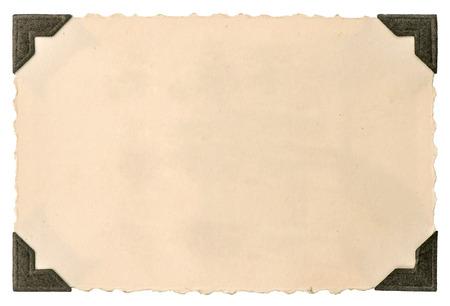 白い背景で隔離のコーナーでは古い写真カード