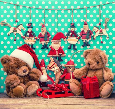 teddy wreath: vintage christmas decoration with antique toys  sentimental nostalgic retro style picture Stock Photo