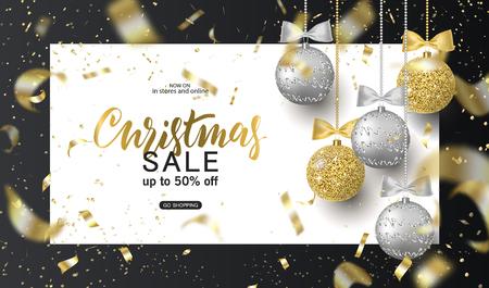 Venta de Navidad Fondo de moda para tarjeta, invitación, volante de fiesta, cartel, pancarta. Plata, oro, bolas de árbol brillantes y confeti ilustración vectorial
