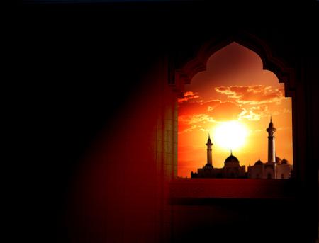 ラマダン カリームの背景。モスクの] ウィンドウ