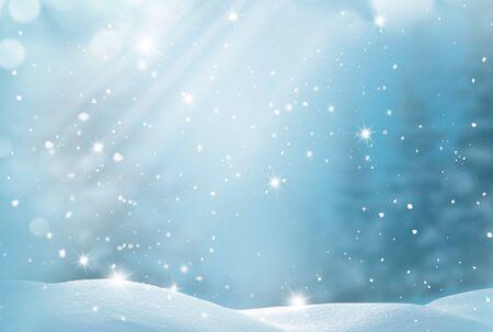 Sfondo invernale. Cartolina d'auguri di buon Natale e felice anno nuovo con copia-spazio. Paesaggio natalizio con neve e abete